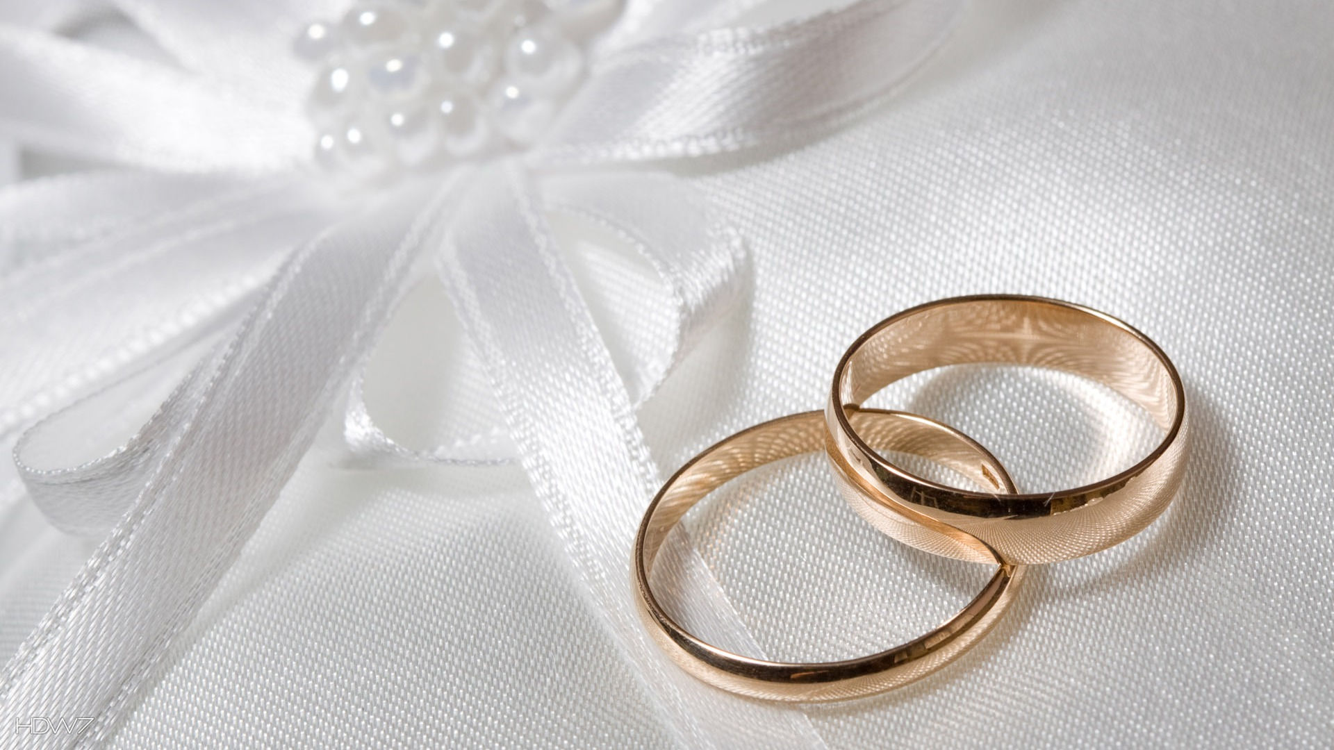 wedding two rings gold white marriage