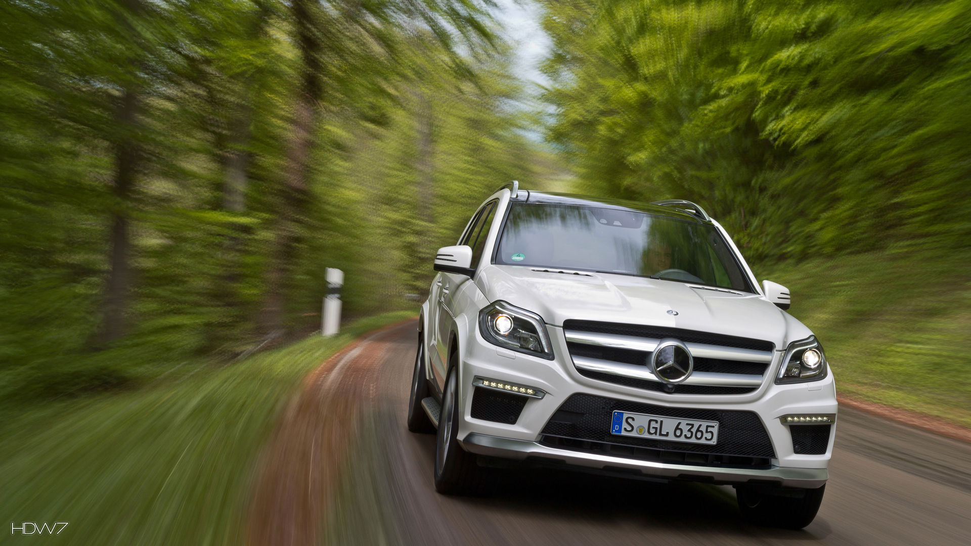 mercedes benz gl63 amg 2012 car hd wallpaper