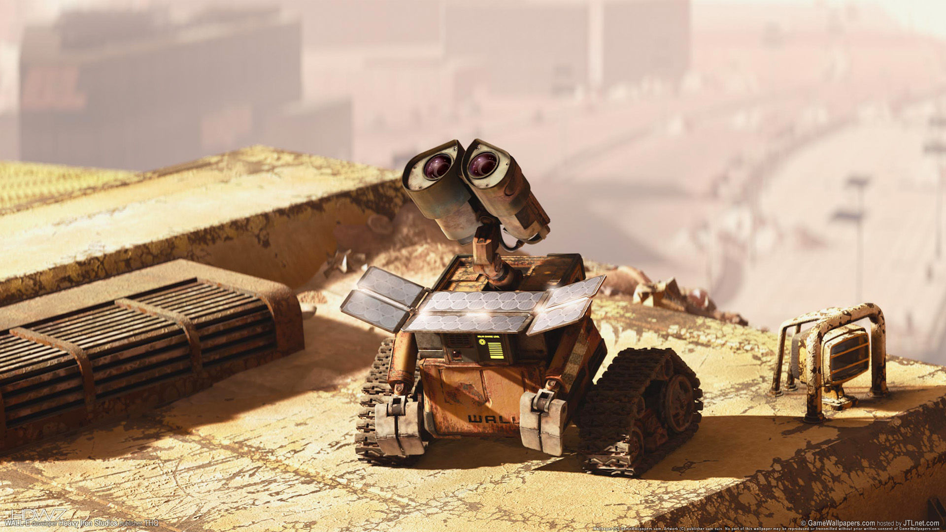 wall e with solarpanel